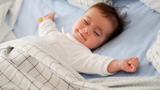 Chữa khó ngủ cho bé một cách hiệu quả mà không cần dùng thuốc